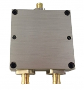 1 TO 2 RF SPLITTER, SMB TYPE (700~2700 MHz)